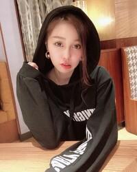 日本的櫻花妹素人「Hina」