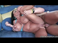 Milf Lisa Lipps puts her monster tits to good use