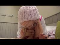 粉紅色的日本女學生的cosplay BJ