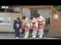 日式溫泉旅店雙妃服務