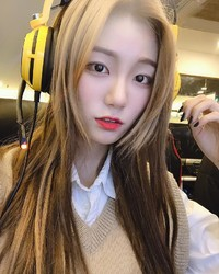 韓國直播主빛베리+美女水蛇腰