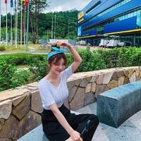 韓國,叫做「아라」,有著很迷人的甜姐兒魅力