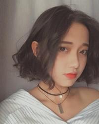 越南妹vithanhle粉嘟嘟娃娃臉太甜美