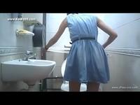 廁所裝針孔偷拍