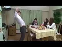 日本大叔有用媚藥力戰三學生妹~媚藥太強了!!