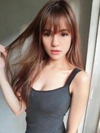 Chéri Lowitza馬來西亞混血